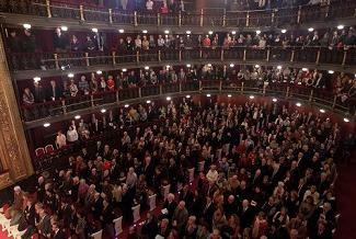 estreno-de-zauriak-en-en-teatro-espanol-de-madrid-2012